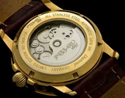 A Brief History of the Automatic Watch